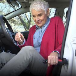 Ayuda para salir y entrar del coche