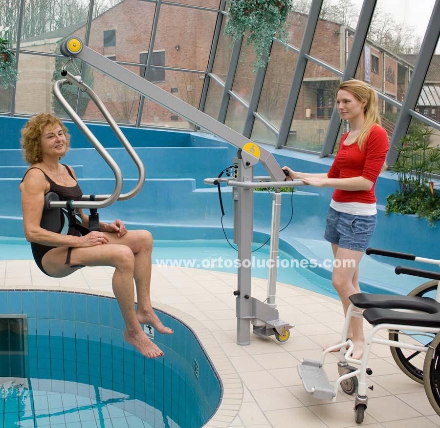 Grúa eléctrica para piscina HANDI MOVE