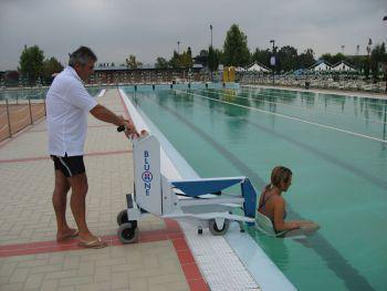 Grúa de piscinas BluOne